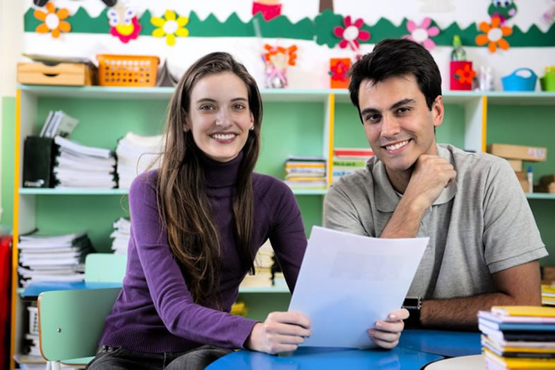 How to Foster a Better Relationship With Your Childs Teacher